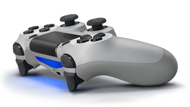 DualShock 4 20th Anniversary Edition rear-view
